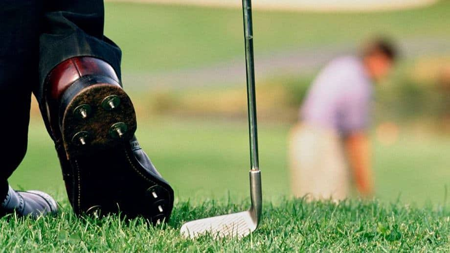 the best golf shoes for beginners