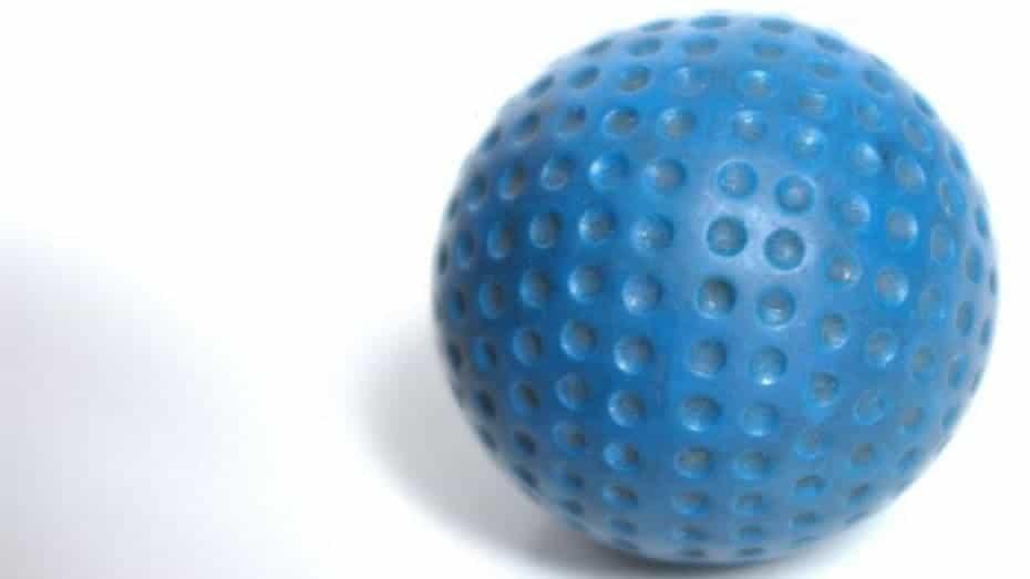 How do dimples affect golf ball flight and aerodynamics