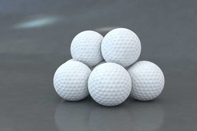 How does cold weather affect golf balls flight and distance