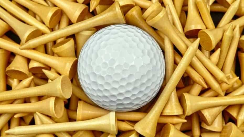 Are Wooden Tees Better Than Plastic