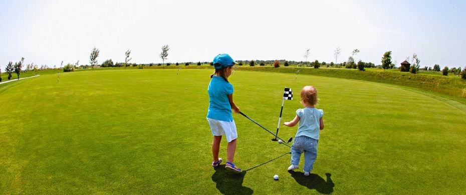 When should I teach my child to play golf