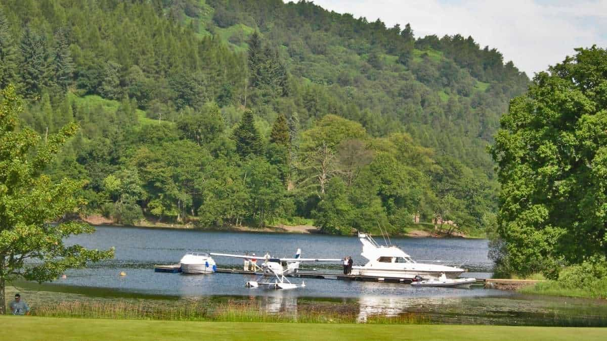 Top 5 Places to Live with golf and Boating Together